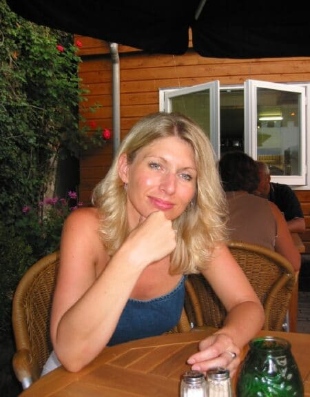 Adopte une femme cougar sexy vraiment coquine
