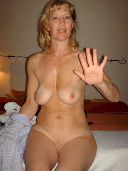 Femme mature coquine célibataire depuis pas longtemps